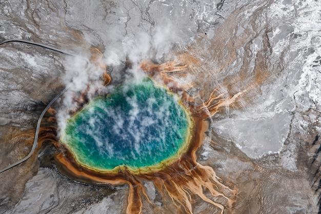 Vista aerea del parco nazionale di yellowstone