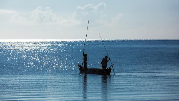 Africa, kenya, pescatori, mattina, oceano, pescatori in barca, mombasa