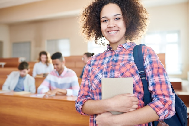 Studente universitario africano