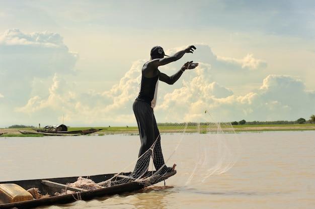 Pescatore africano
