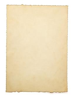 Carta invecchiata isolata su bianco