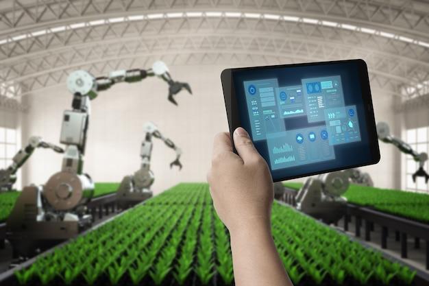 Tecnologia agricola con braccio robotico per il controllo dell'uomo