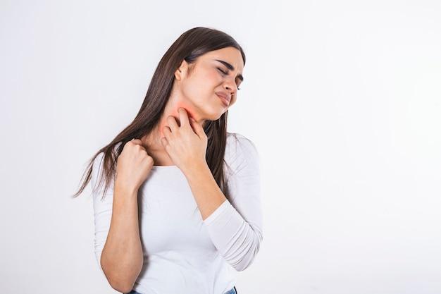 Reazione allergica a punture di insetti, dermatiti, cibo, farmaci. eruzione cutanea allergica