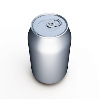 Latta di birra di alluminio isolata sopra bianco