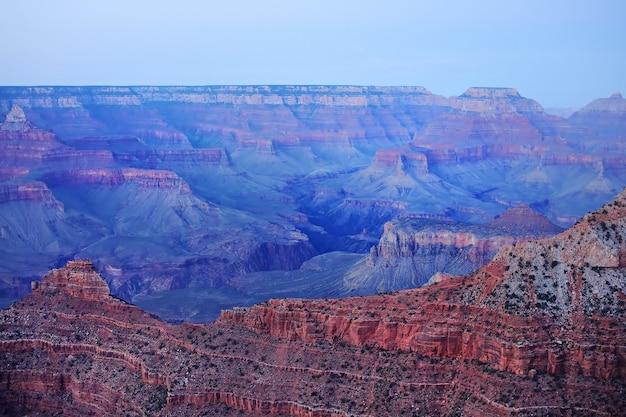 Incredibile immagine dell'alba del grand canyon presa da mather point