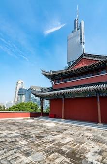 Antica torre della città a nanchino in cina