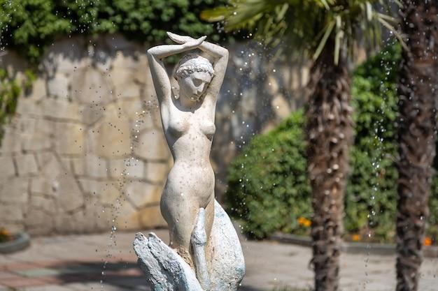 L'antica fontana di leda e zeus nel palazzo dulber koreiz crimea