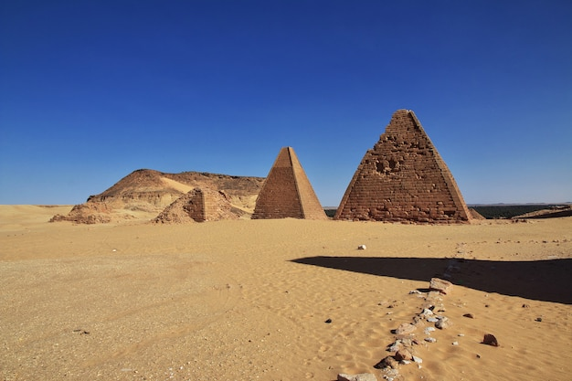 Antiche piramidi a jebel barkal, sudan