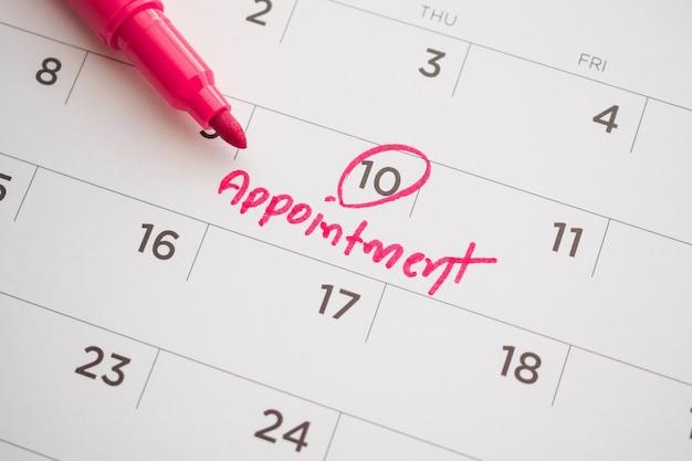 Pianificazione appuntamento scrivere sul calendario