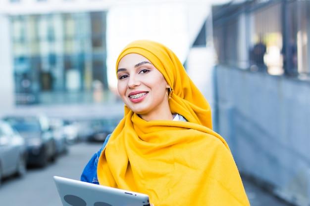 Studentessa araba.