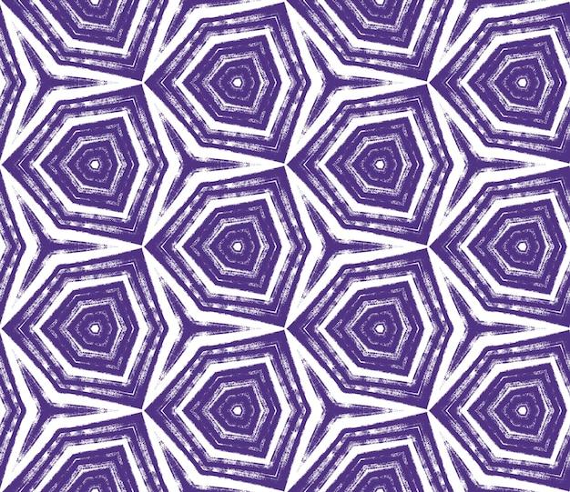 Motivo arabesco disegnato a mano. sfondo caleidoscopio simmetrico viola. disegno disegnato a mano arabesco orientale. tessuto pronto per la stampa fresca, tessuto per costumi da bagno, carta da parati, involucro.