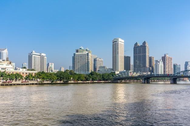 Orizzonte architettonico del paesaggio del centro urbano di ningbo, china