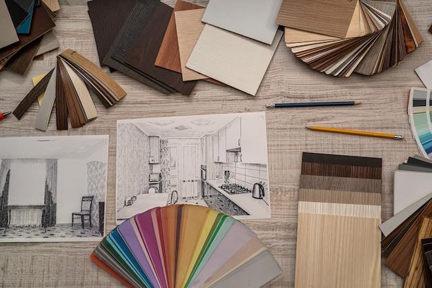 Progetto architettonico con tavolozza di campioni di colori, lavoro di designer. concetto di ristrutturazione