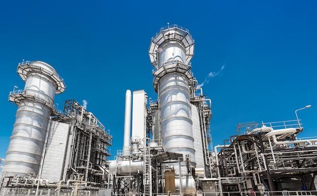 Architettura del sistema di tubazioni metalliche industriali della centrale elettrica