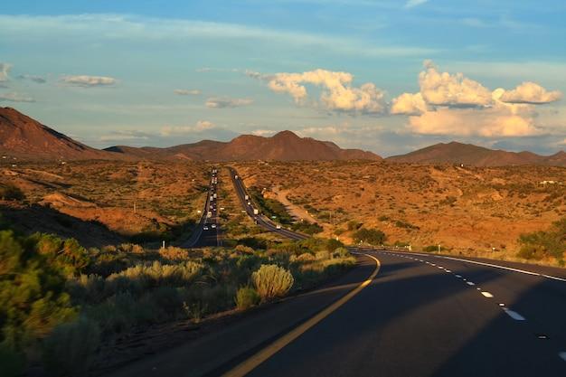 Strada dell'arizona al grand canyon