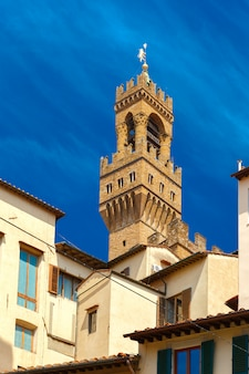 Torre di arnolfo di palazzo vecchio a firenze, italia