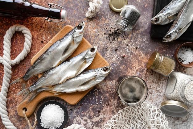 Disposizione di deliziosi frutti di mare