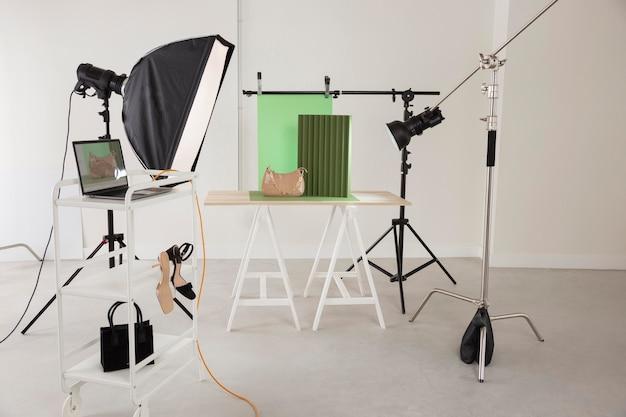 Predisposizione dell'attrezzatura fotografica professionale professional