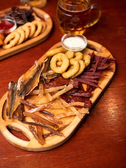 Spuntini di birra assortiti, fast food