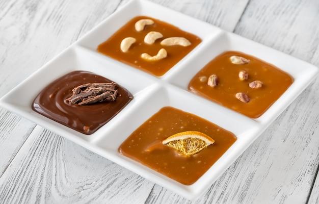 Assortimento di caramello con diversi tipi di caramello