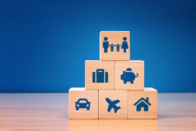 Assicurazione e assicurazione auto, immobili e proprietà, viaggi, finanze, salute, famiglia e vita