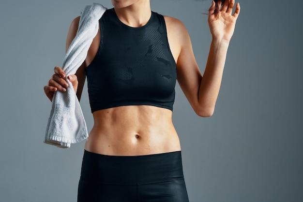 Fitness donna atletica palestra figura snella
