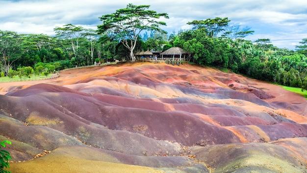 Attrazioni di mauritius - parco nazionale unico dei sette colori chamarel