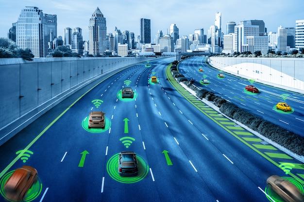 Concetto di sistema di sensori per auto autonomi per la sicurezza del controllo dell'auto in modalità senza conducente