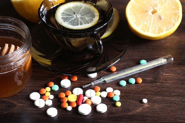 Freddo autunnale e farmaci per aiutarlo a superarlo