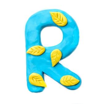 Lettera di plastilina autunno r dell'alfabeto inglese