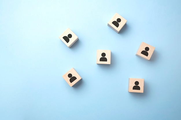 Simboli avatar in blocchi di legno