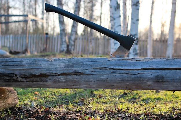 Ascia in legno da esterno