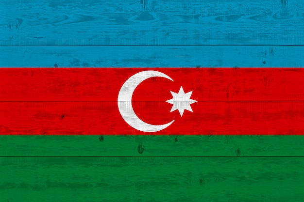 Bandiera dell'azerbaigian dipinta su vecchia plancia di legno