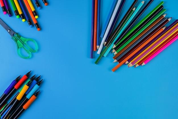 Ritorno al concetto di scuola, materiale per studenti per la scuola