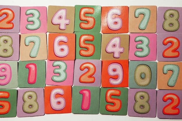 Sfondo di numeri o modello senza cuciture con numeri