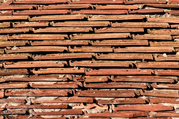 Sfondo di vecchie tegole in argilla.