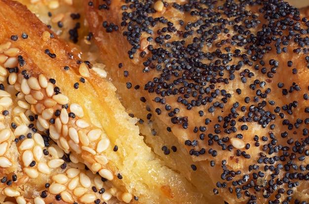 Texture di sfondo di dolci freschi con marmellata e semi. foto macro