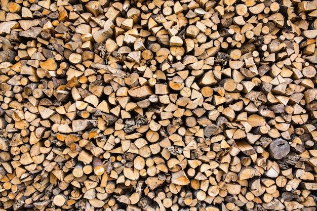 Texture di sfondo mucchio di sezione trasversale di legna da ardere.