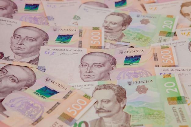 Sfondo con nuove banconote grivna ucraina