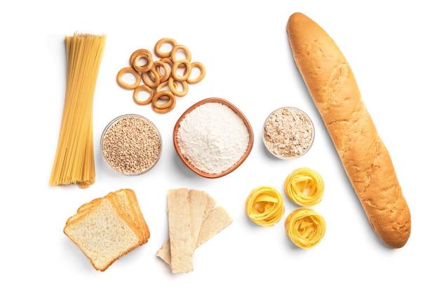 Prodotti da forno e pasta isolati.
