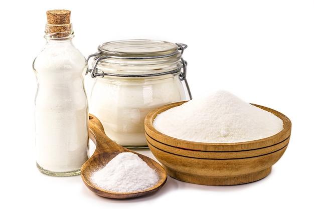 Bicarbonato di sodio su bianco