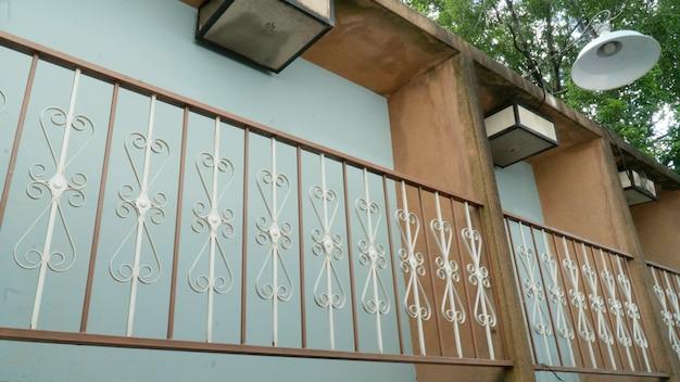 Modello in ferro da balcone, ferro battuto.