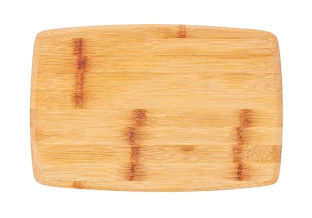 Bordo di bambù del servizio per sushi isolato su bianco