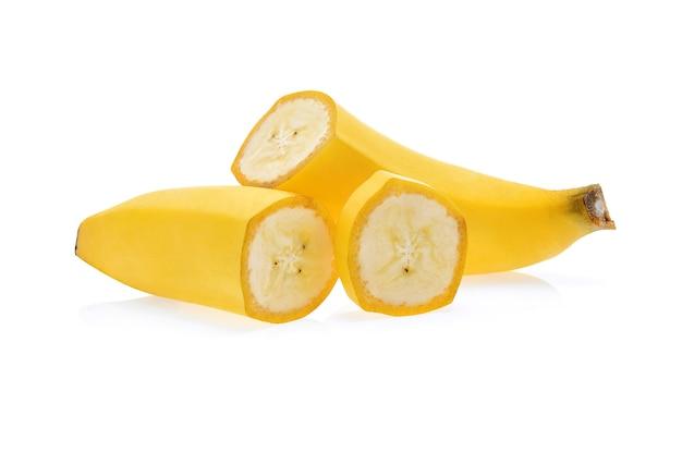 Banana isolata su bianco.