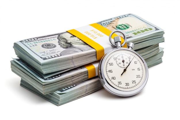 Banconote da 100 dollari usa con orologio retrò