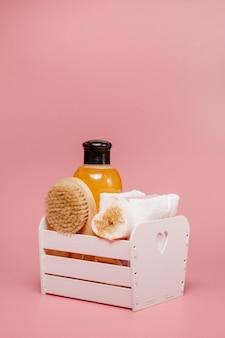 Banner confezione cosmetica bottiglia di plastica shampoo crema gel doccia.