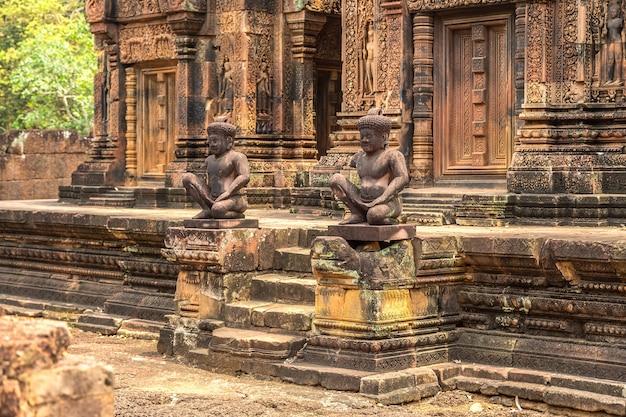 Tempio di banteay srei in angkor wat a siem reap, cambogia