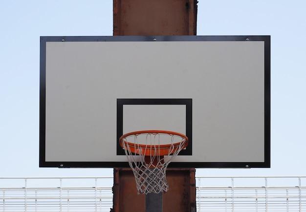 Canestro per il basket