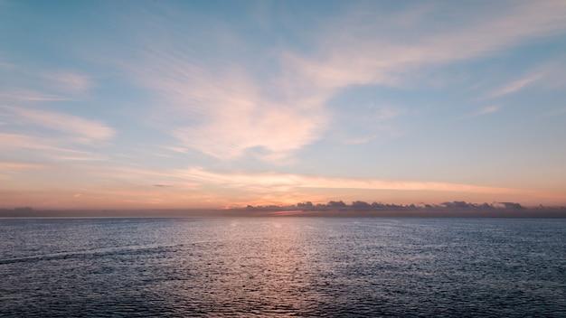 Bellissimo il risveglio del mare