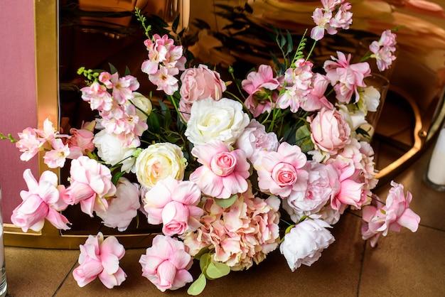 Un bellissimo bouquet di fiori